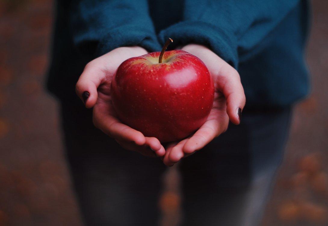 Заговор на яблоко на любовь мужчины