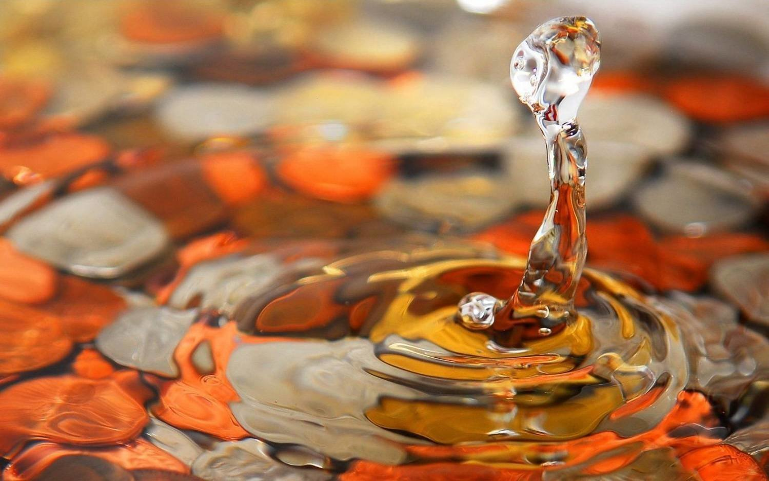 Заклинание на исполнение желания на воду