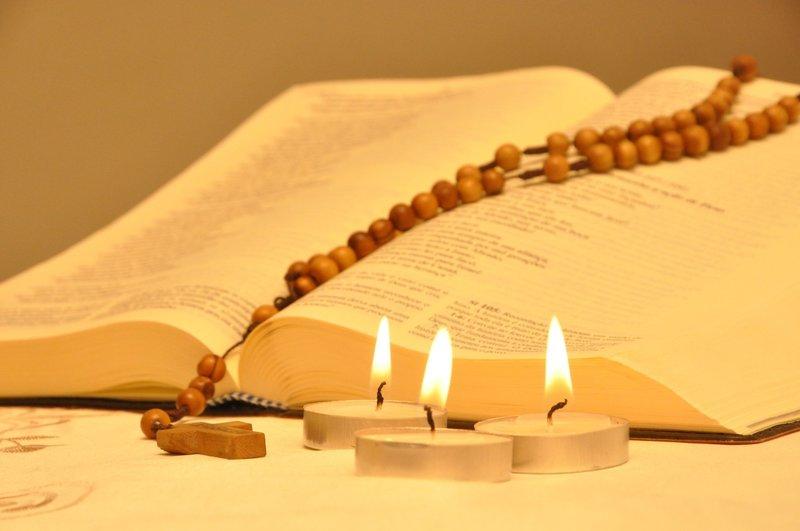 Молитва на свечи Святому Спиридону