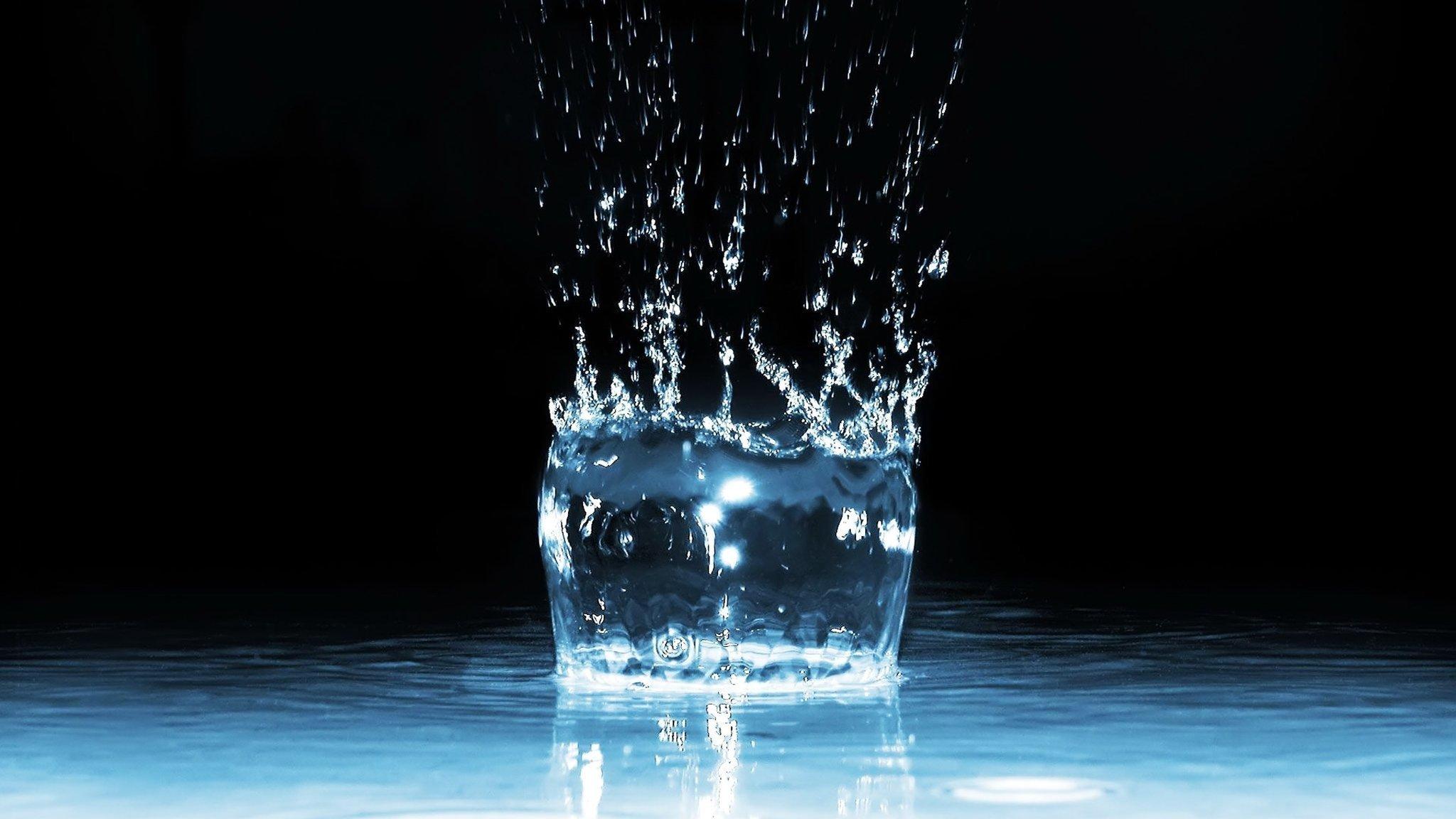 Заговор на деньги на воду