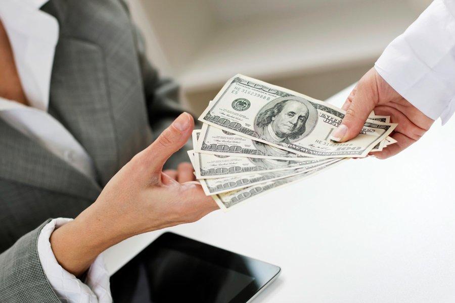 Денежная магия: сильные заговоры на возврат долга