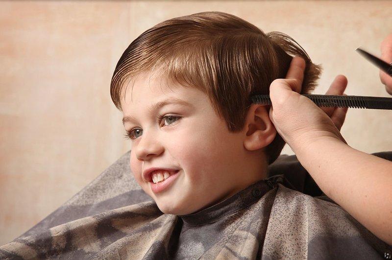 Классическая причёска для мальчиков
