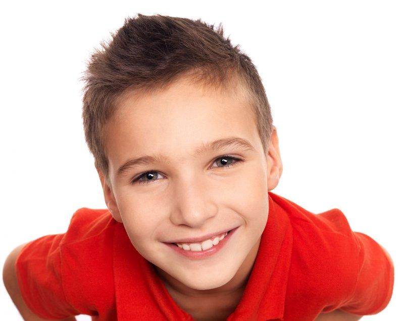 Короткие стрижки для мальчика 8 лет