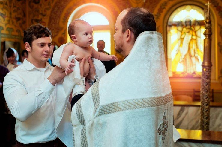 Молитва для крестных родителей