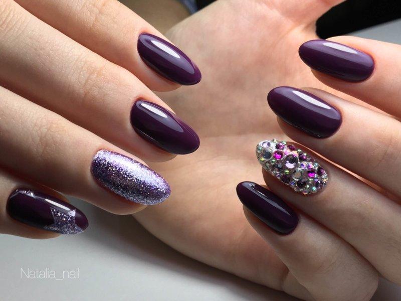 Тёмно-фиолетовый маникюр и камифудуки