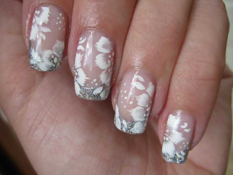 Серебристый френч с белыми цветами