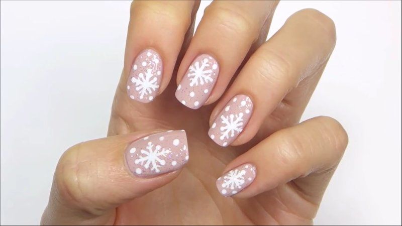 Нюдовые снежинки