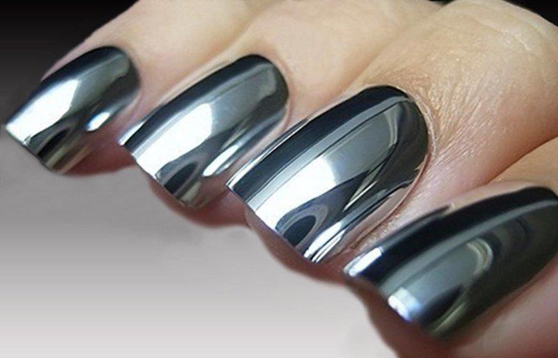 Зеркальный дизайн ногтей со втиркой