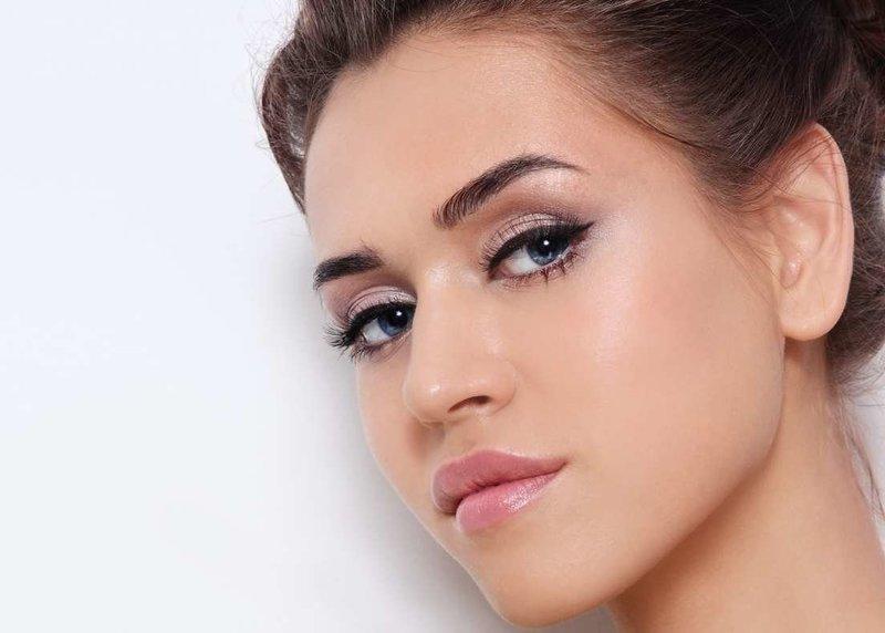 Будничный макияж со стрелками