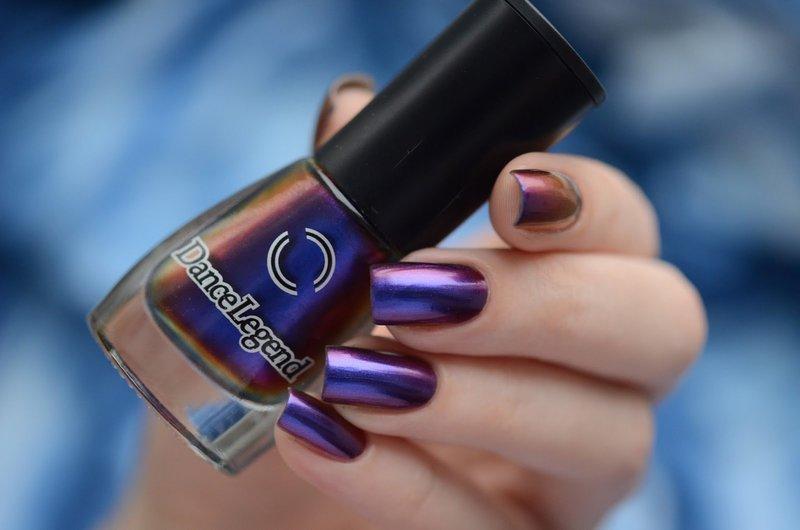 Сине-фиолетовый маникюр-хамелеон