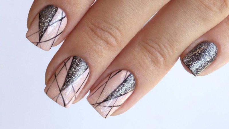 Дизайн нежных ногтей с серебром