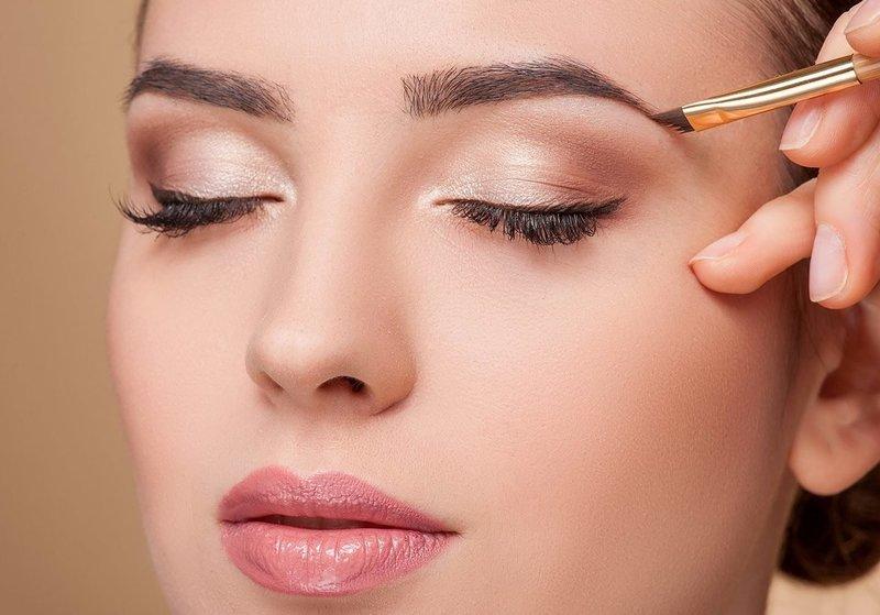 Нежный лёгкий макияж на работу