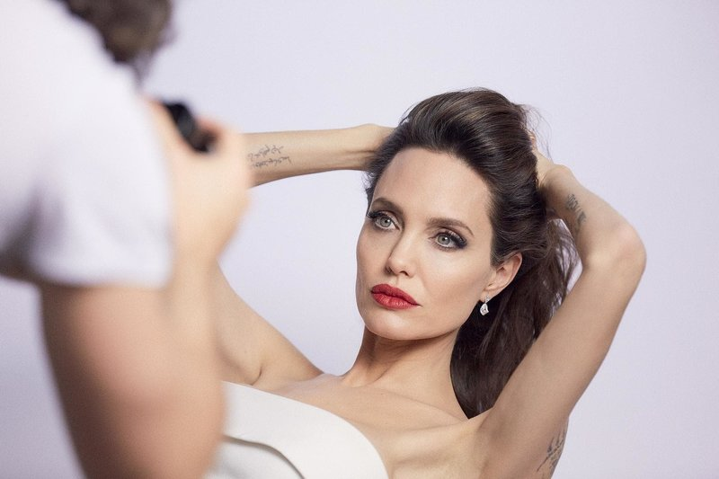 Фотосессия Анджелины Джоли