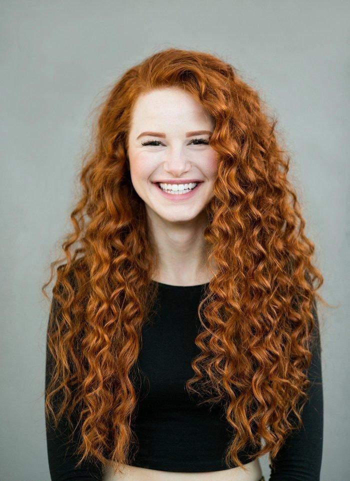 Рыжие окрашенные волосы