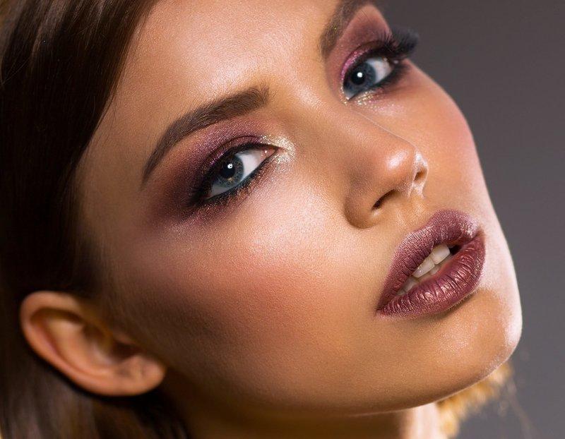 Вечерний макияж для темноволосых девушек