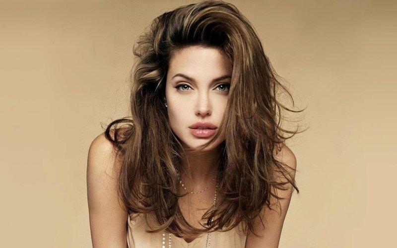 Портрет Анджелины Джоли