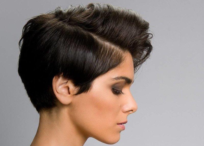 Укладка чёлки на бок для коротких волос