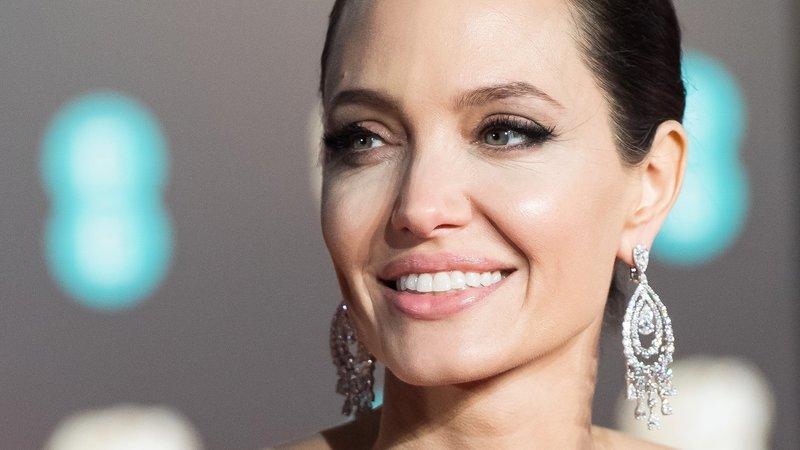 Анджелина Джоли вблизи