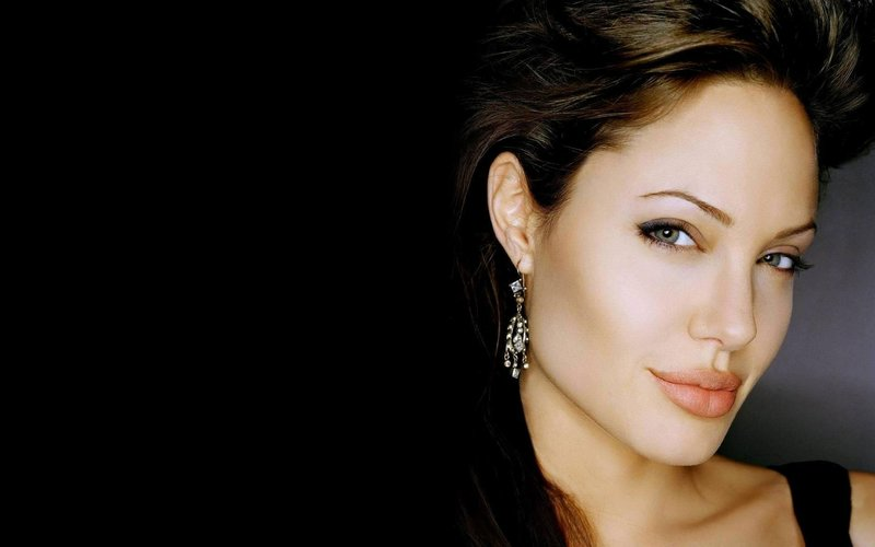 Визаж Анджелины Джоли