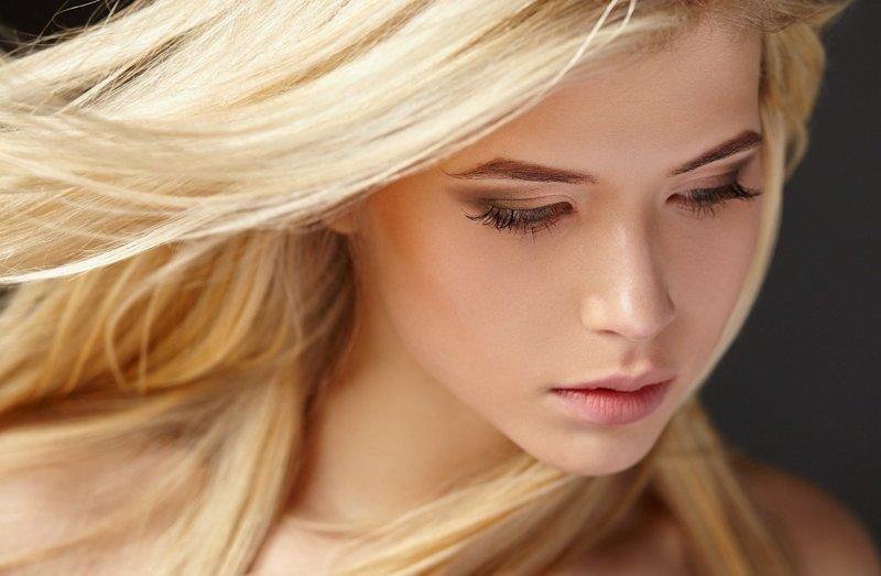 Нежный мейкап для блондинок