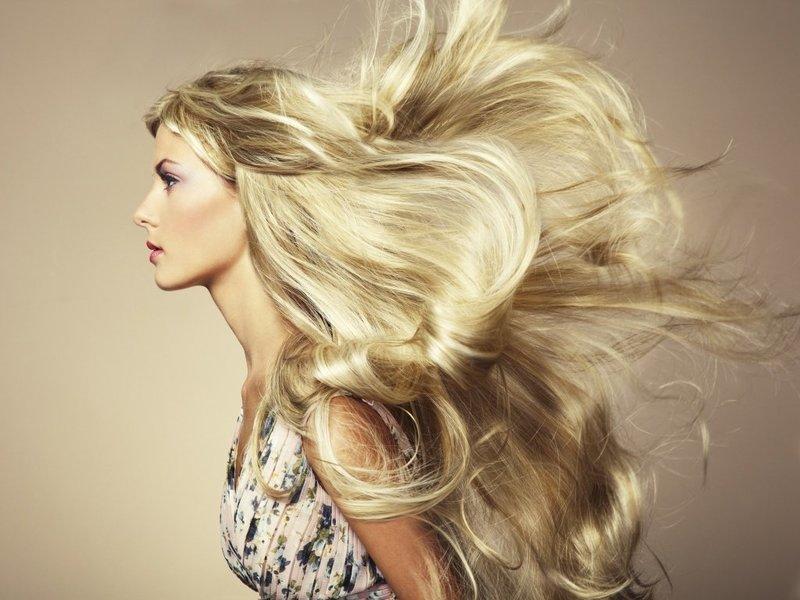 Домашние маски способствуют росту волос