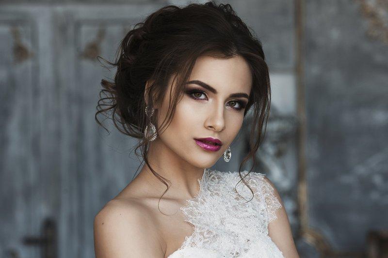 Насыщенный свадебный макияж