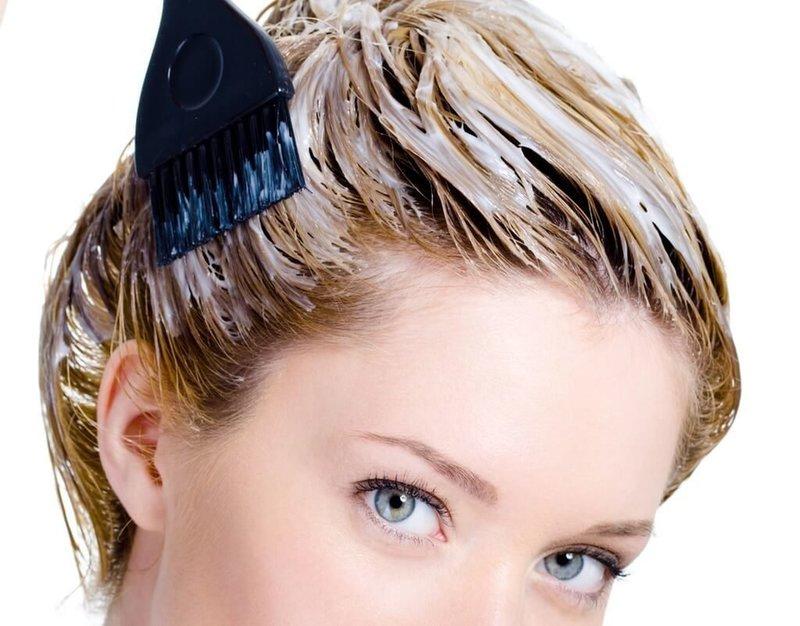 Лечение поврежденных волос маской из кефира
