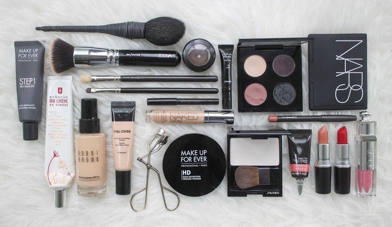 Необходимая косметика для создания профессионального макияжа
