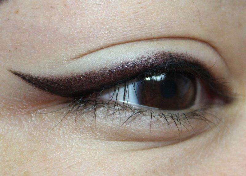 Перманентный макияж стрелки с растушевкой