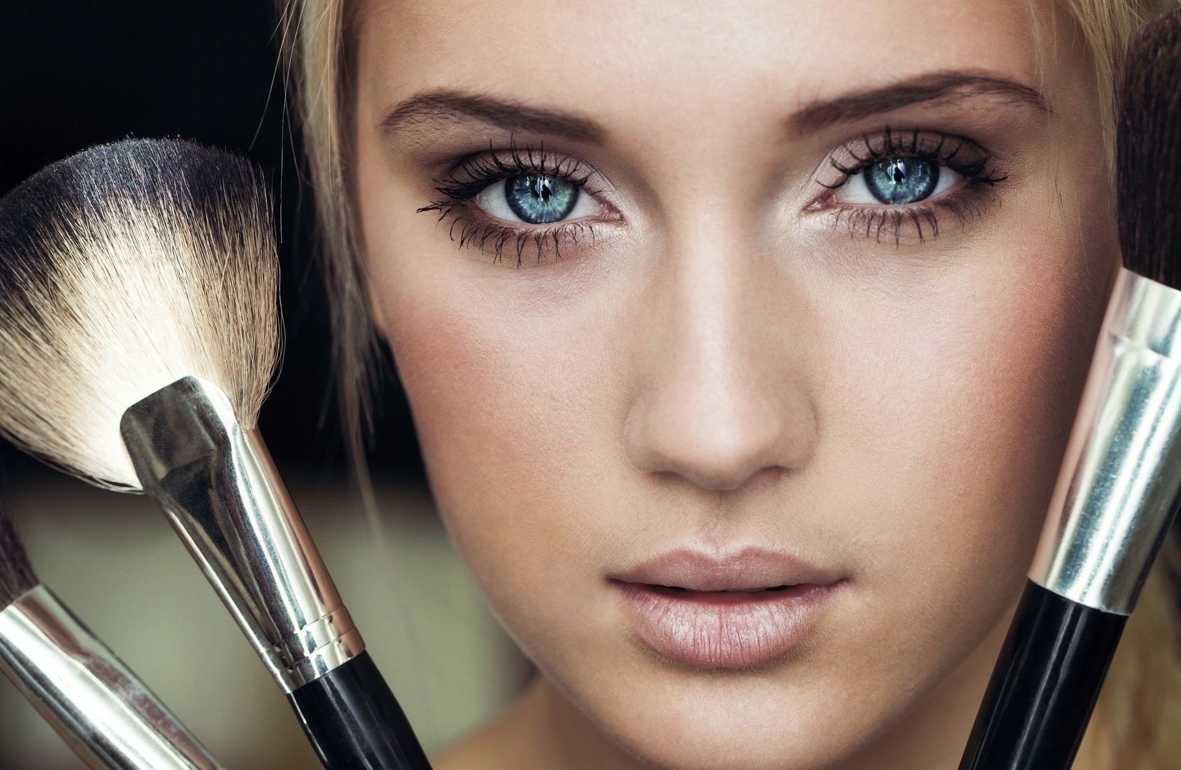 Макияж для карих глаз с нависшим веком на каждый день (пошаговое фото и видео)