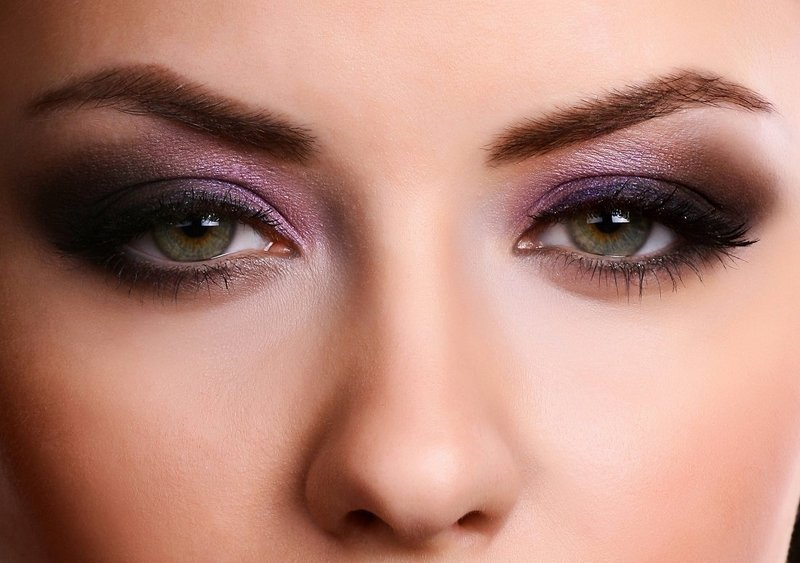Макияж в пурпурных оттенках