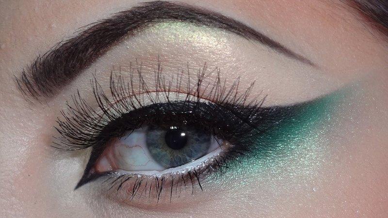 """Минималистичный """"кошачий глаз"""" с зелёными оттенками"""