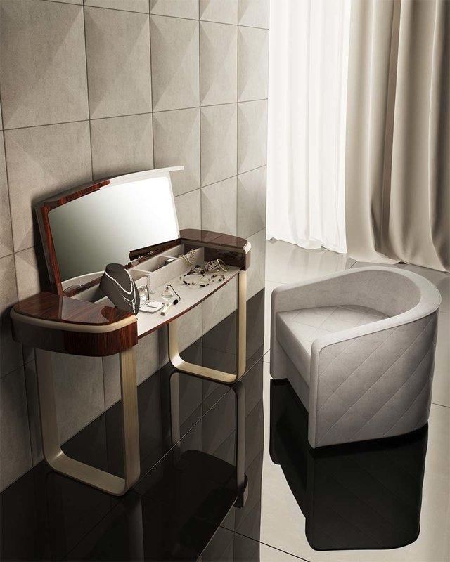 Столик для макияжа