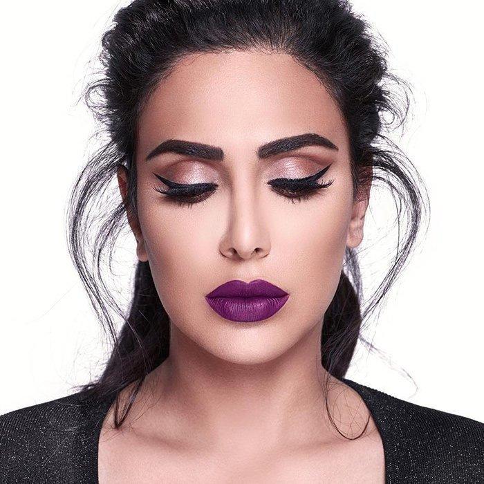 Стильный и яркий макияж