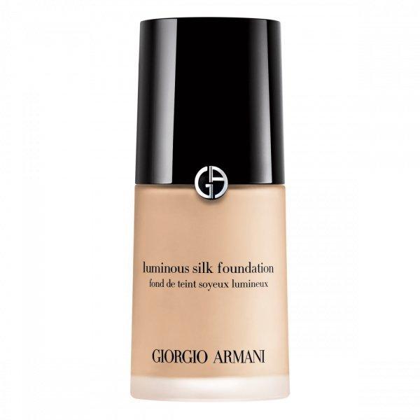 Тональный крем Giorgio Armani для нюдового макияжа