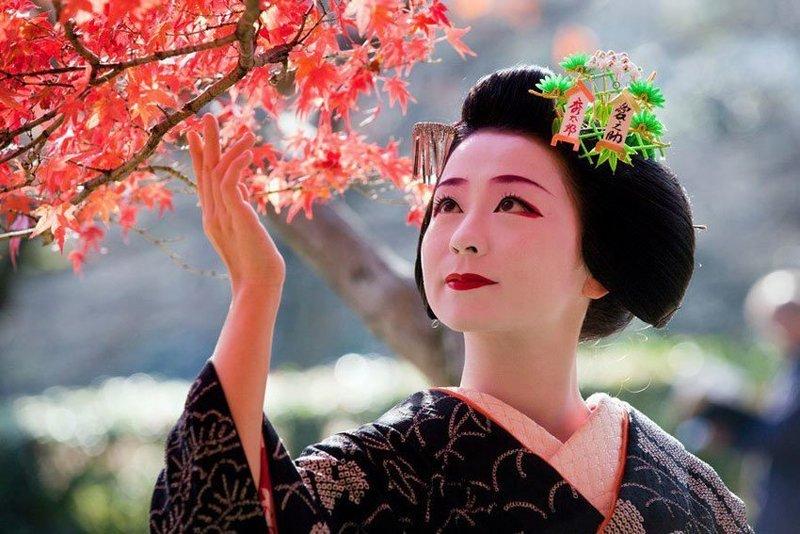 Традиционный вид японского макияжа