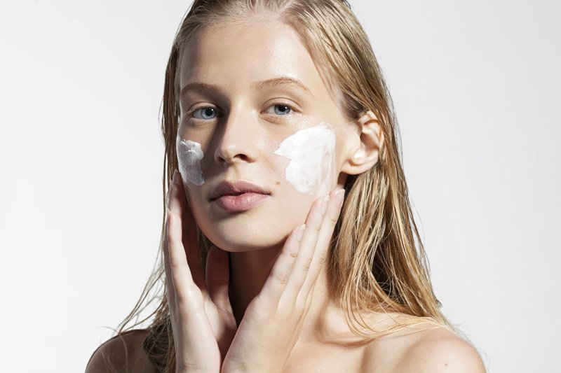 Рекомендации по уходу за шелушащейся кожей