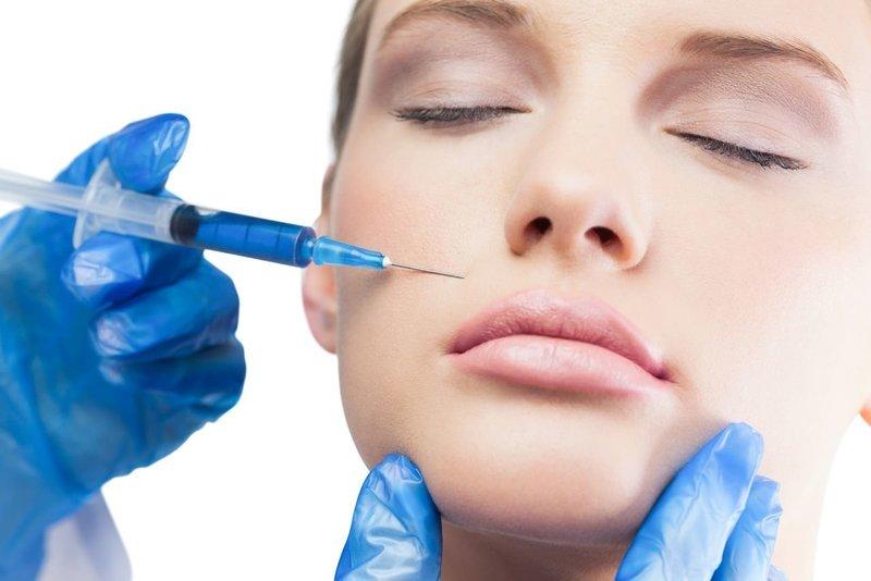 Инъекция гиалуроновой кислотой