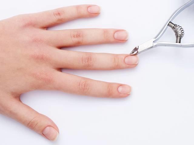 Подготовка ногтей перед нанесением гель-лака