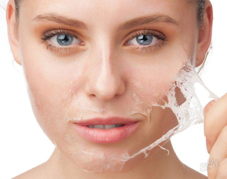 Какой выбрать крем от шелушения кожи на лице?