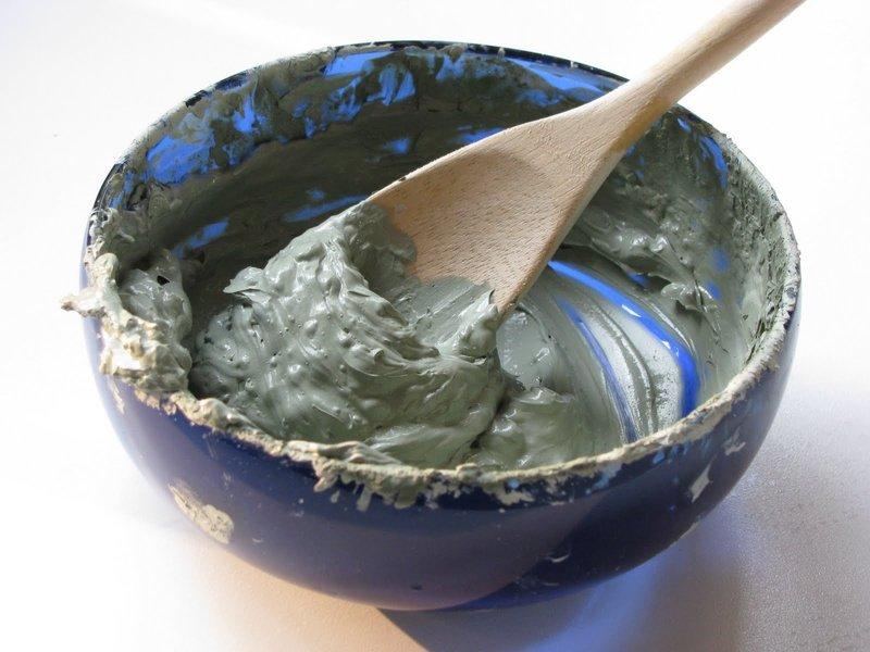 Маска с зеленой глиной