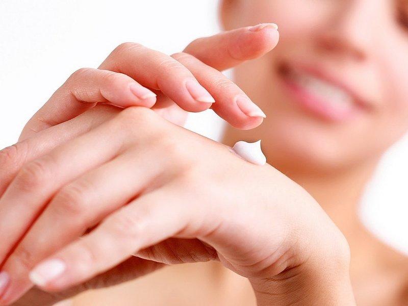 Использование пантенола в форме крема для кожи лица