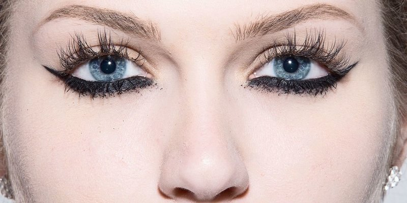 Подведенное нижнее веко не смотрится в макияже подростка