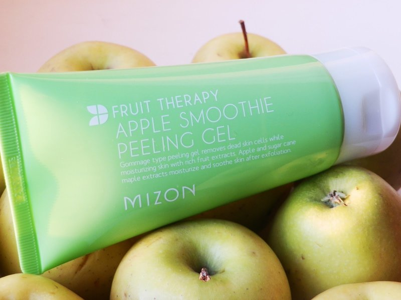 Apple Smoothie Peeling Gel от Mizon