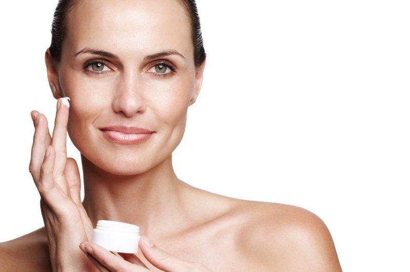 Натуральный крем от покраснения на коже лица