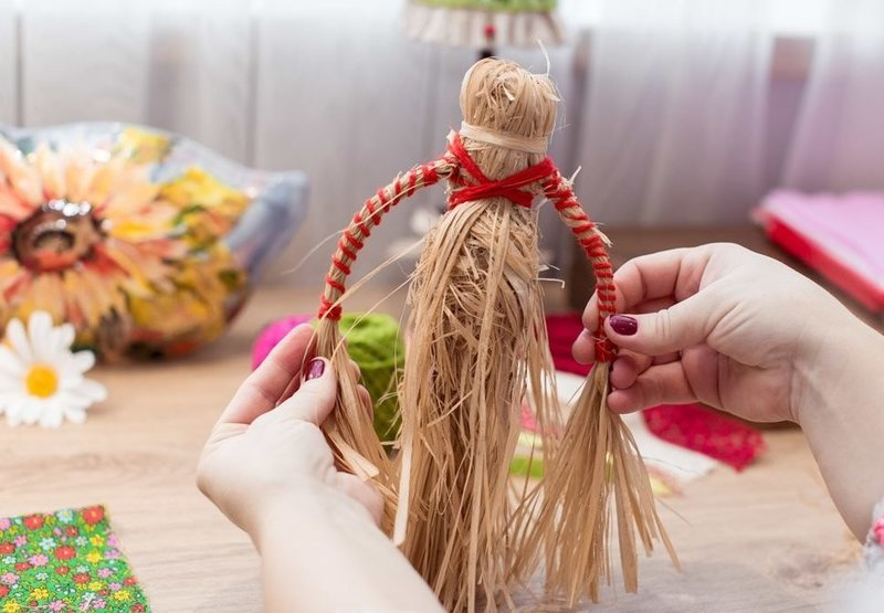 Как избавиться от куклы-оберега
