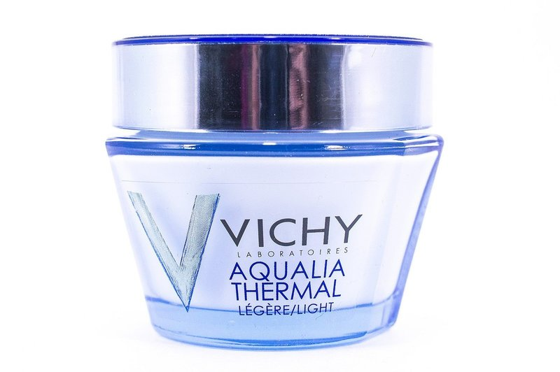 Увлажняющий крем для возрастной кожи Vichy