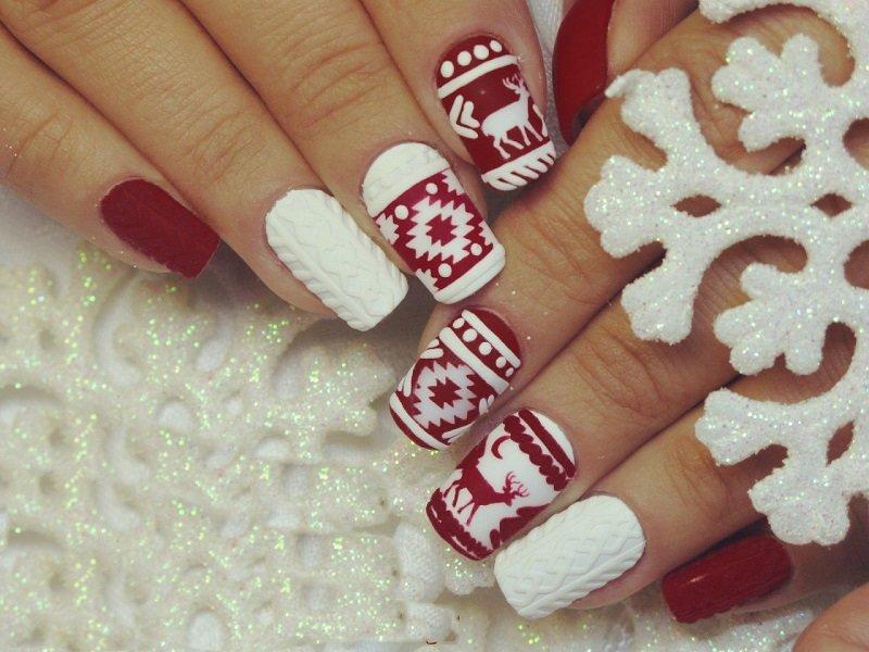 Зимний дизайн на ногтях