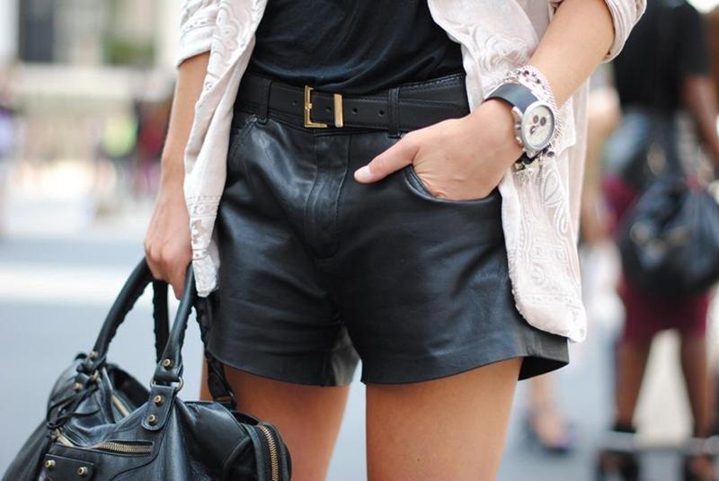 Кожаные шорты: модные тренды