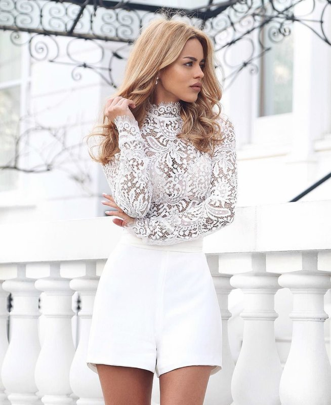 Белые шорты: модные образы